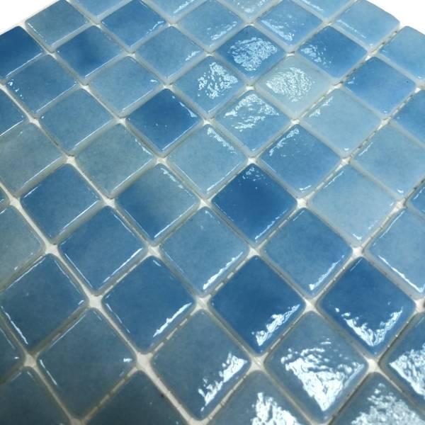 Мозаика стеклянная Aquaviva Antarra Cloudy PG 4652 светло-голубая